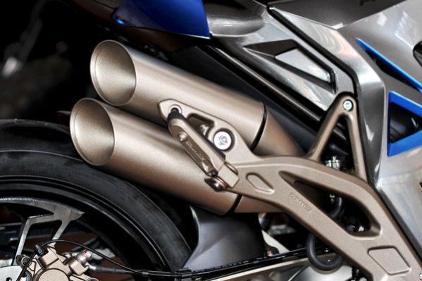 Zontes - motos 310R, échappement