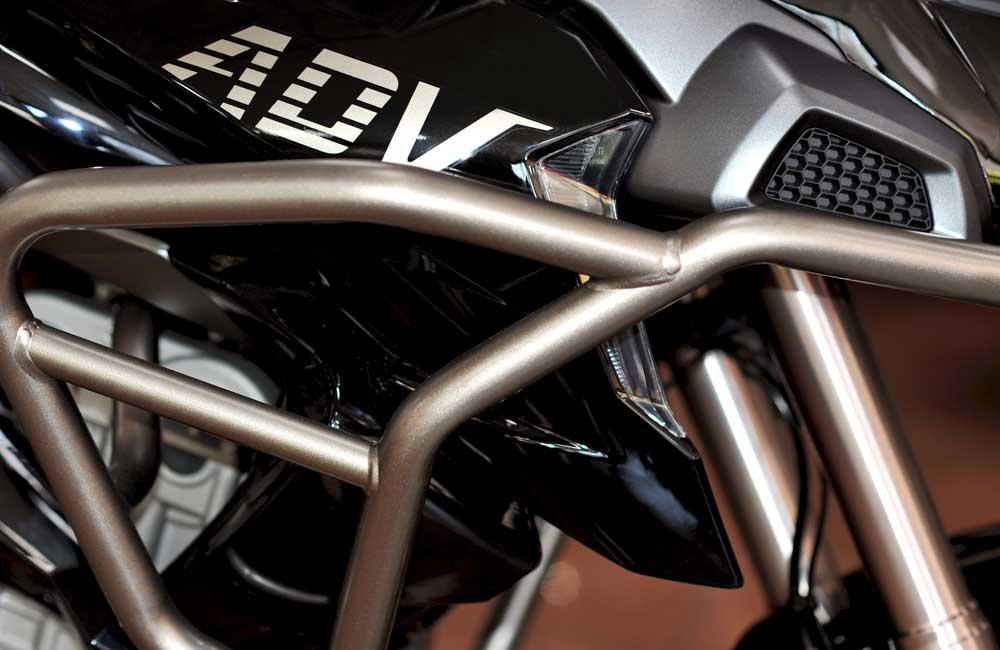 Zontes - Motos 310T noir-pare choc