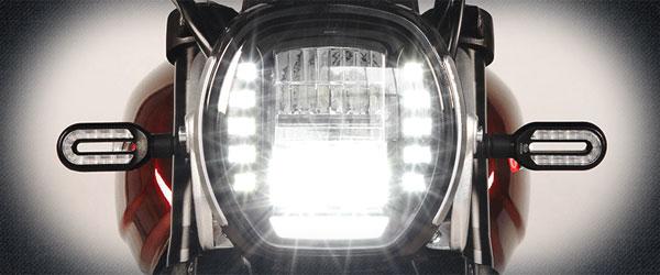 Voge 300 AC phare